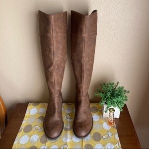 Steve Madden tall brown Roscoe boots size 6.5